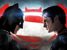 Бэтмен против Супермена: На заре абсурда