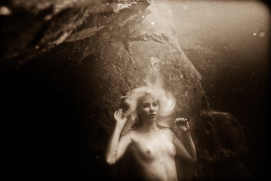 Эпический пост! Русалка, жизнь под водой (Эпостық тұрақты. Су перісі, өмір судын ішінде)