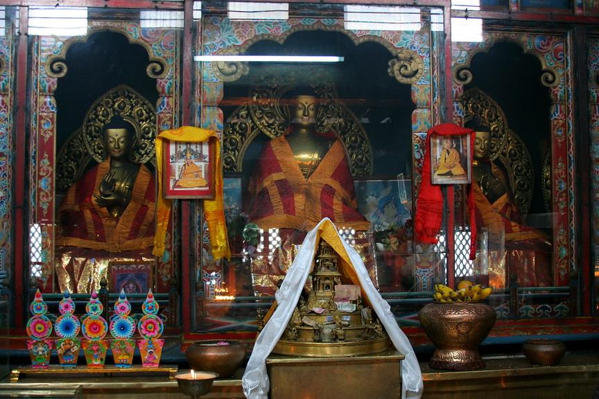 Лестница в Сваямбунат