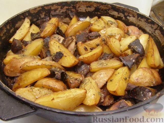 как приготовить картошку в рукаве в духовке рецепт