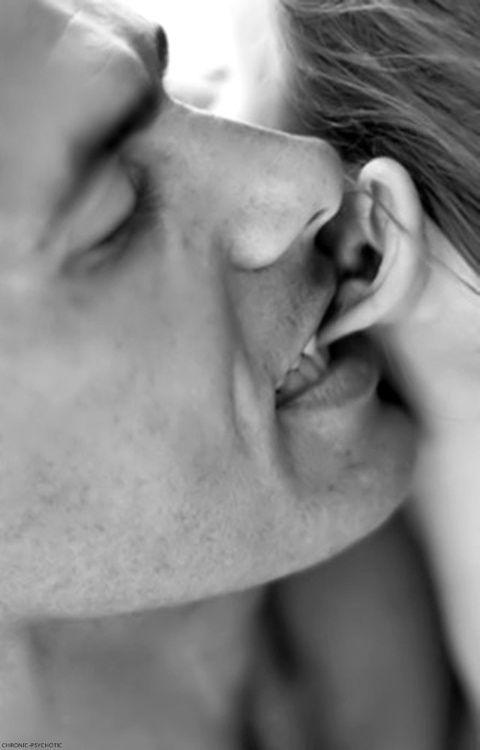 Фото секс в ухо — 13