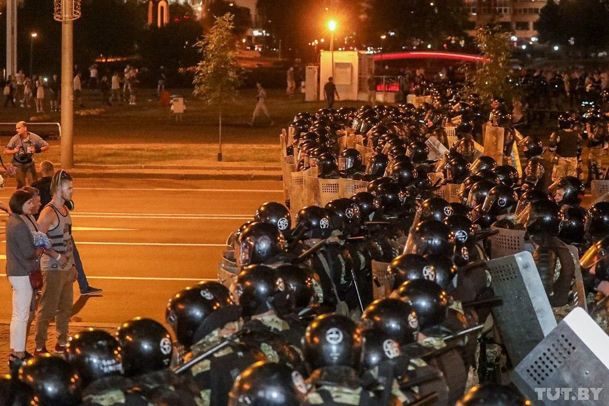 Живописные протесты с видом на Минск