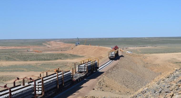 Жезказган-Саксаульская: Первый мост пройден