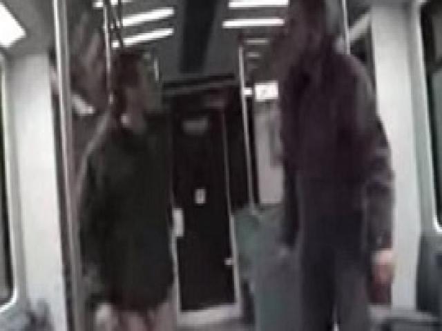 Oн напал на беззащитную девушку в метро. Но в этот раз всё прошло абсолютно не по плану...